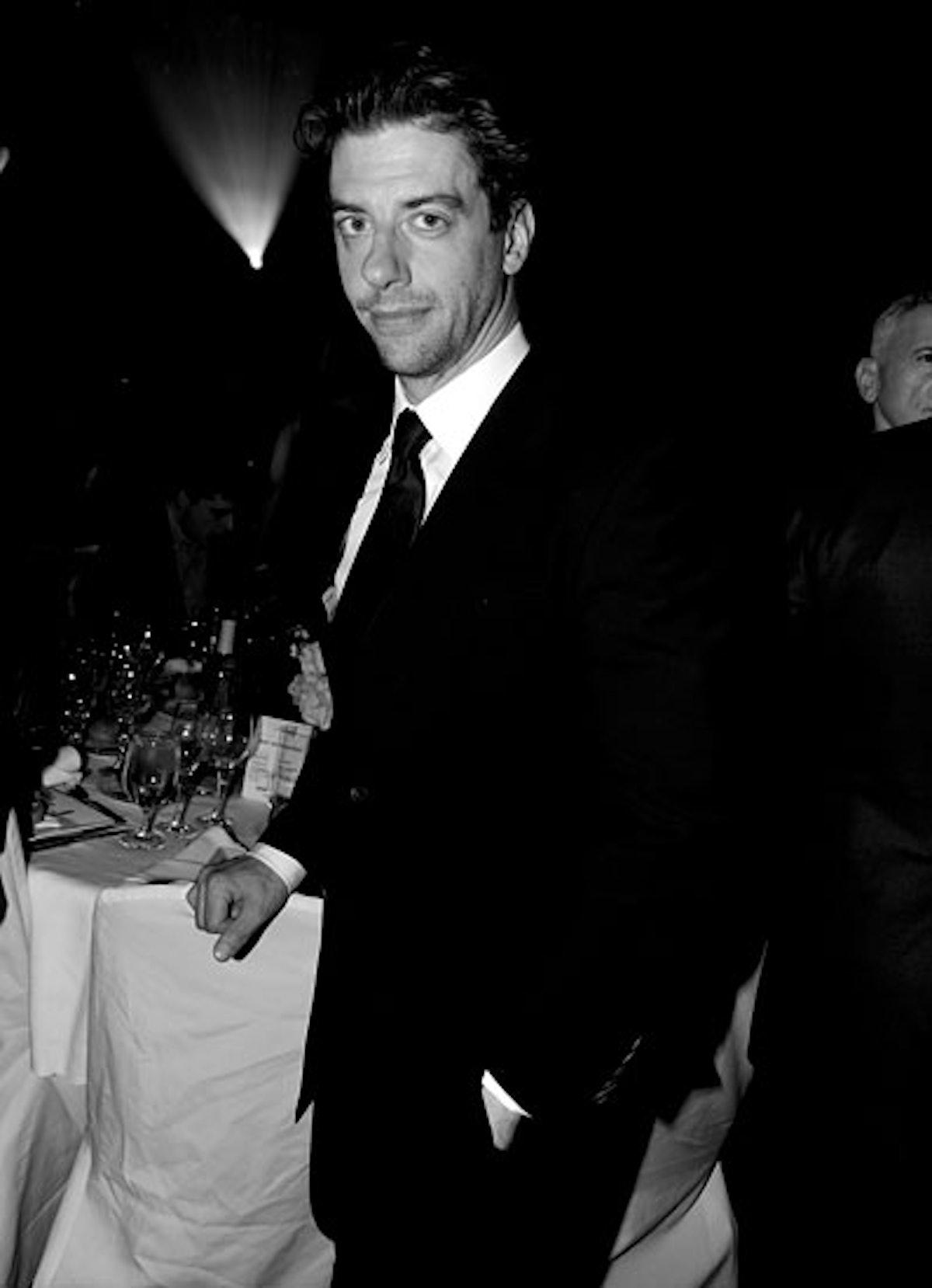 pass-glaad-awards-2013-11-v.jpg