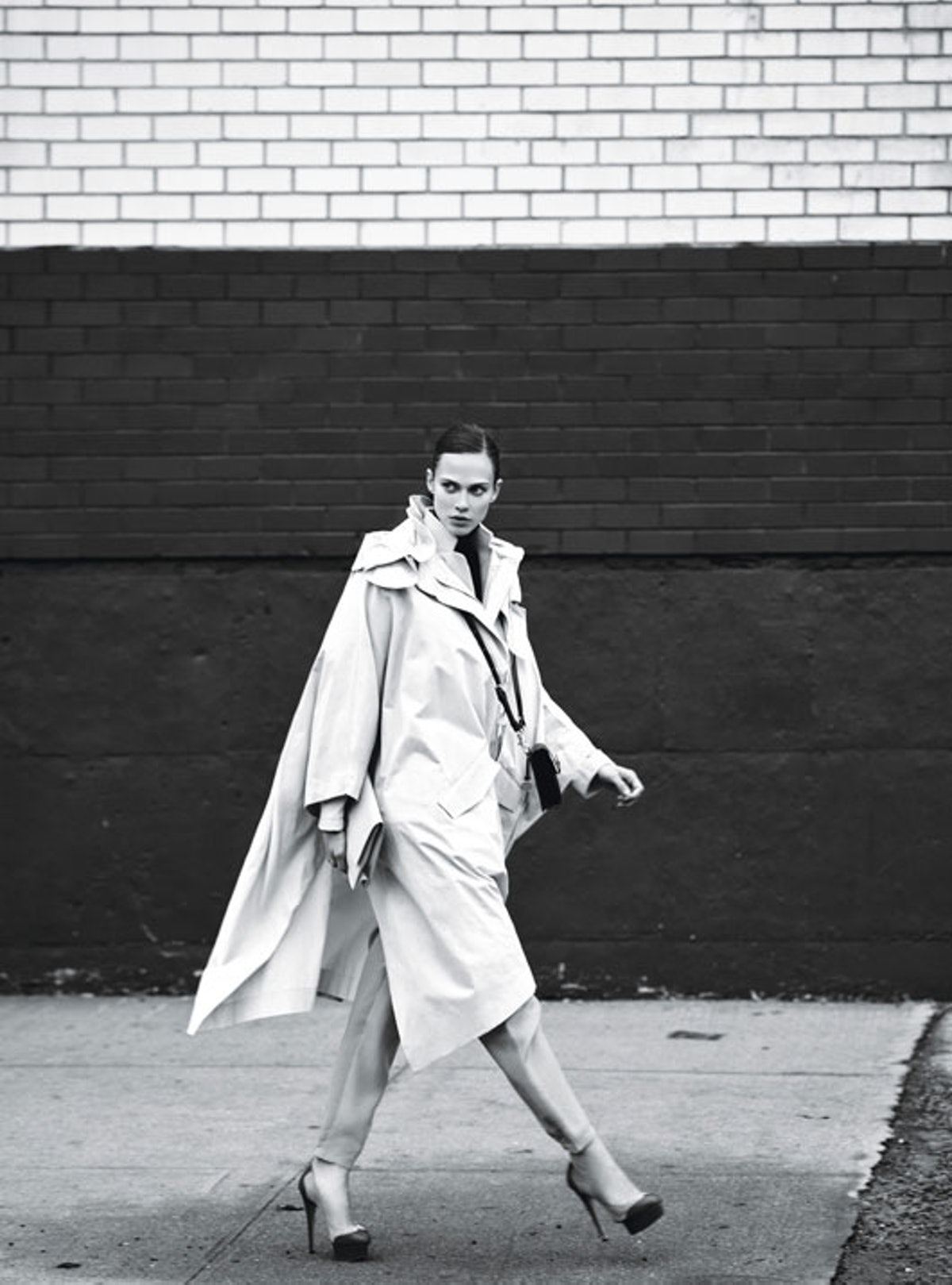 fass-menswear-inspired-coats-and-trousers-04-l.jpg