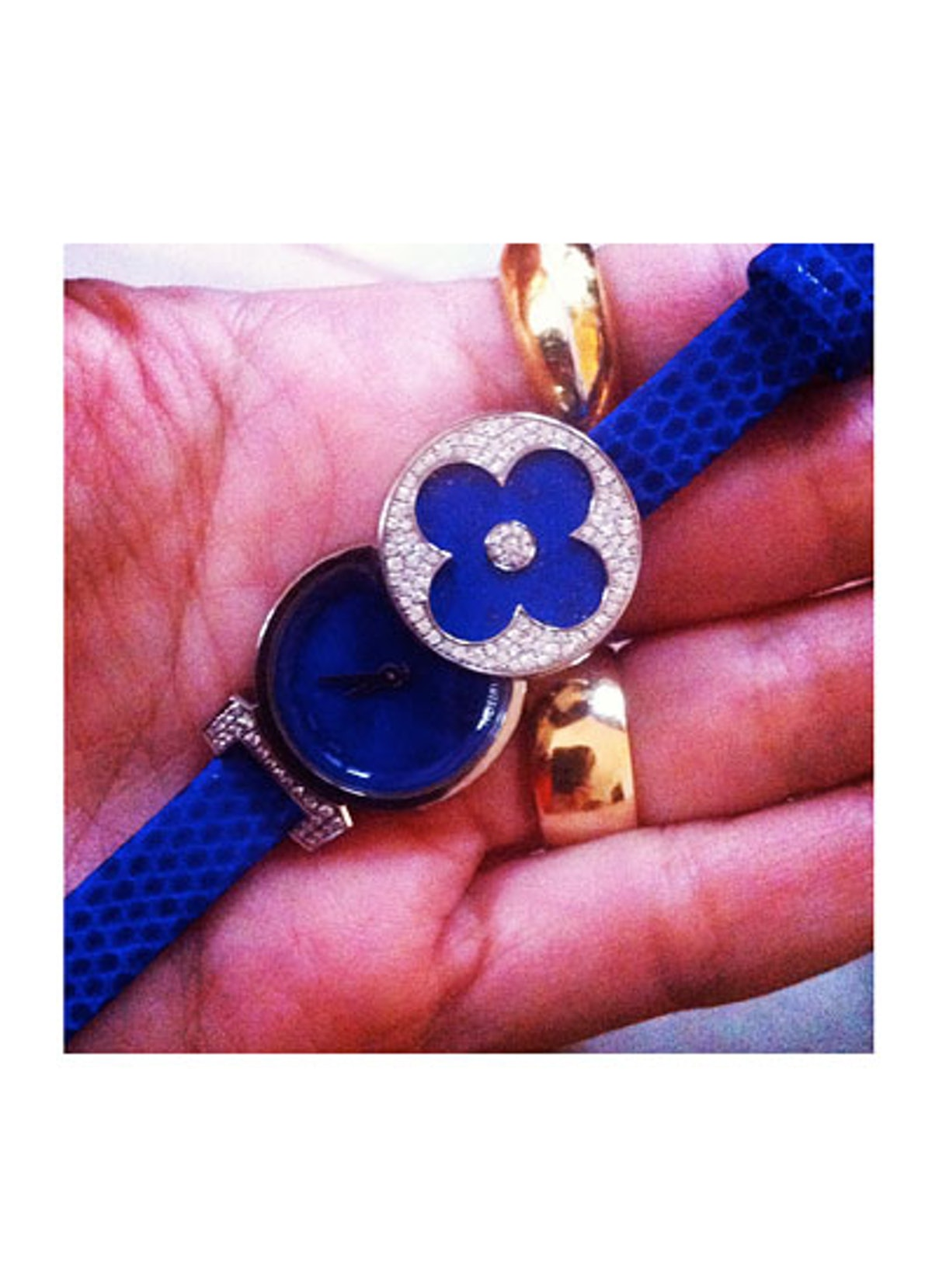 acss-claudia-mata-blue-watches-03-v.jpg