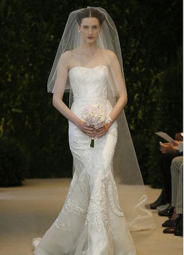 fass-wedding-dress-04-v.jpg