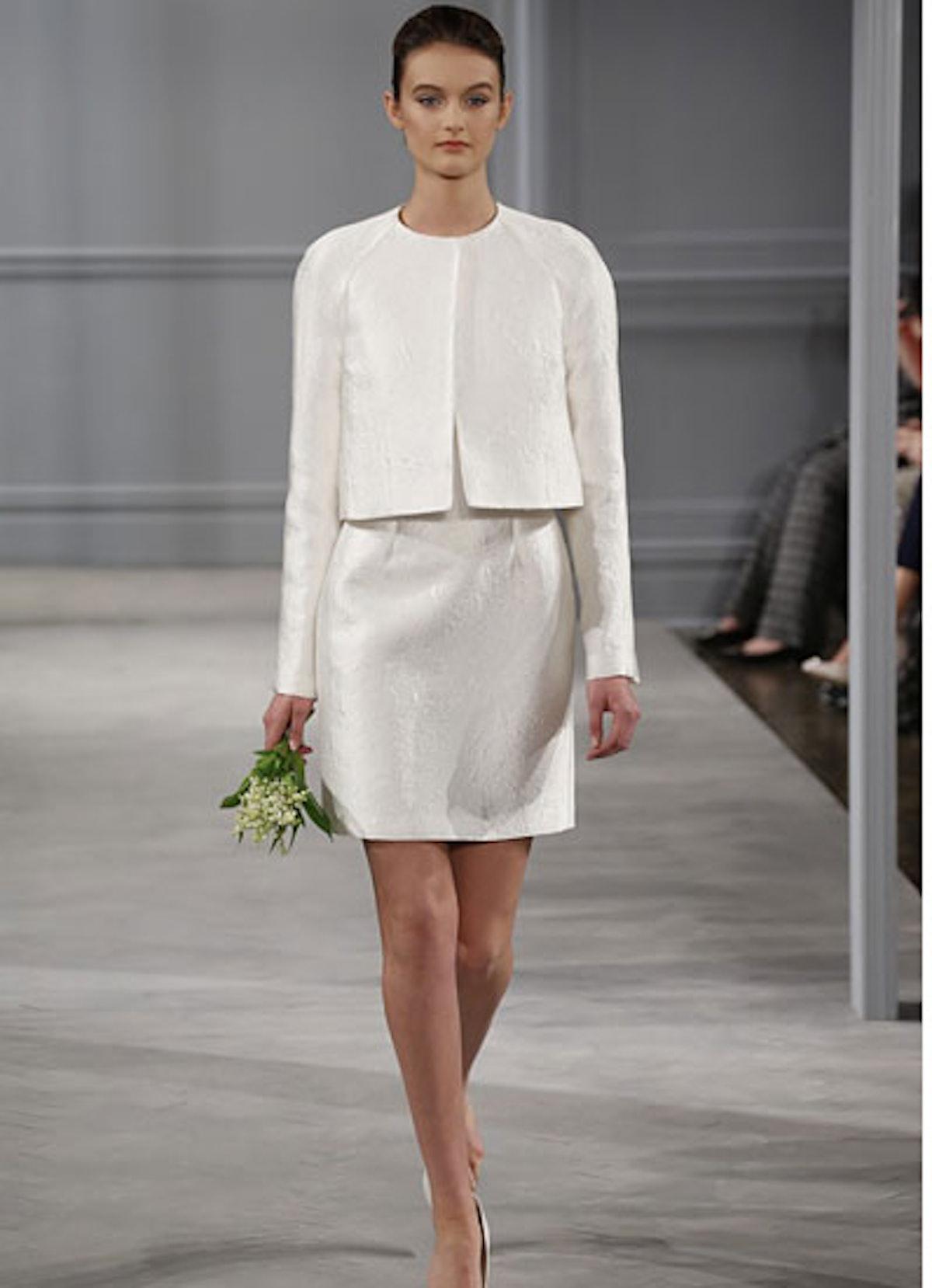 fass-wedding-dress-09-v.jpg