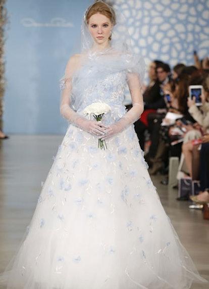 fass-wedding-dress--01-v.jpg