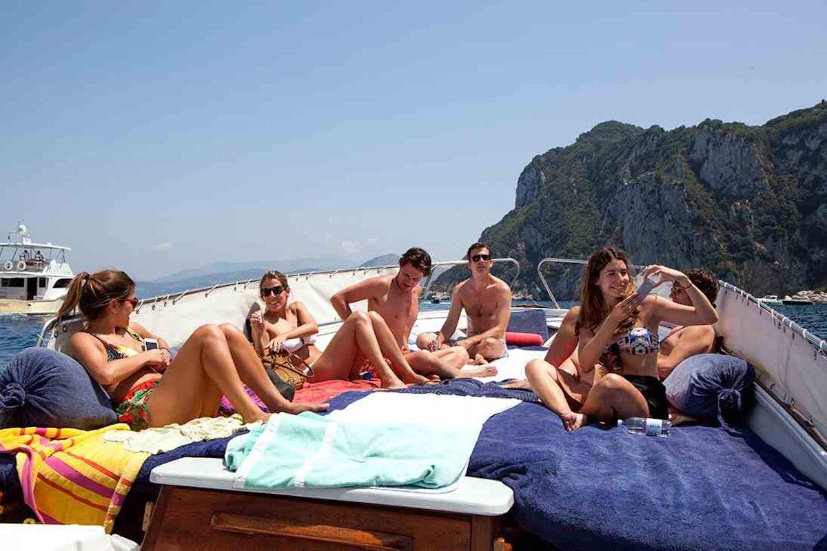 trar-capri-07-DayonBoat