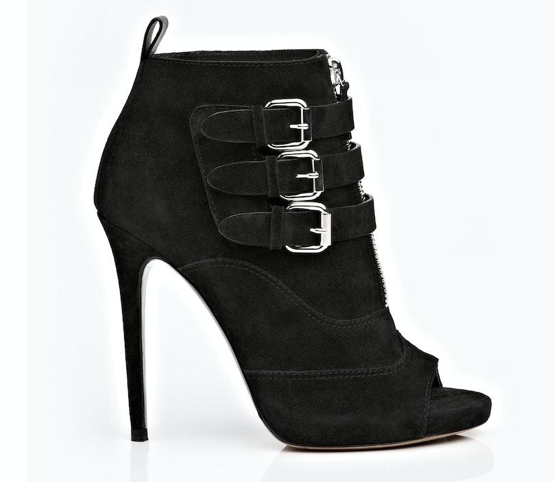 fass-open-toe-booties-02-tabitha-simmons