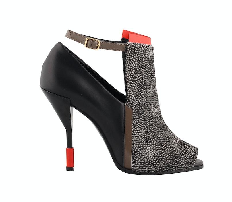 fass-open-toe-booties-05-pierre-hardy