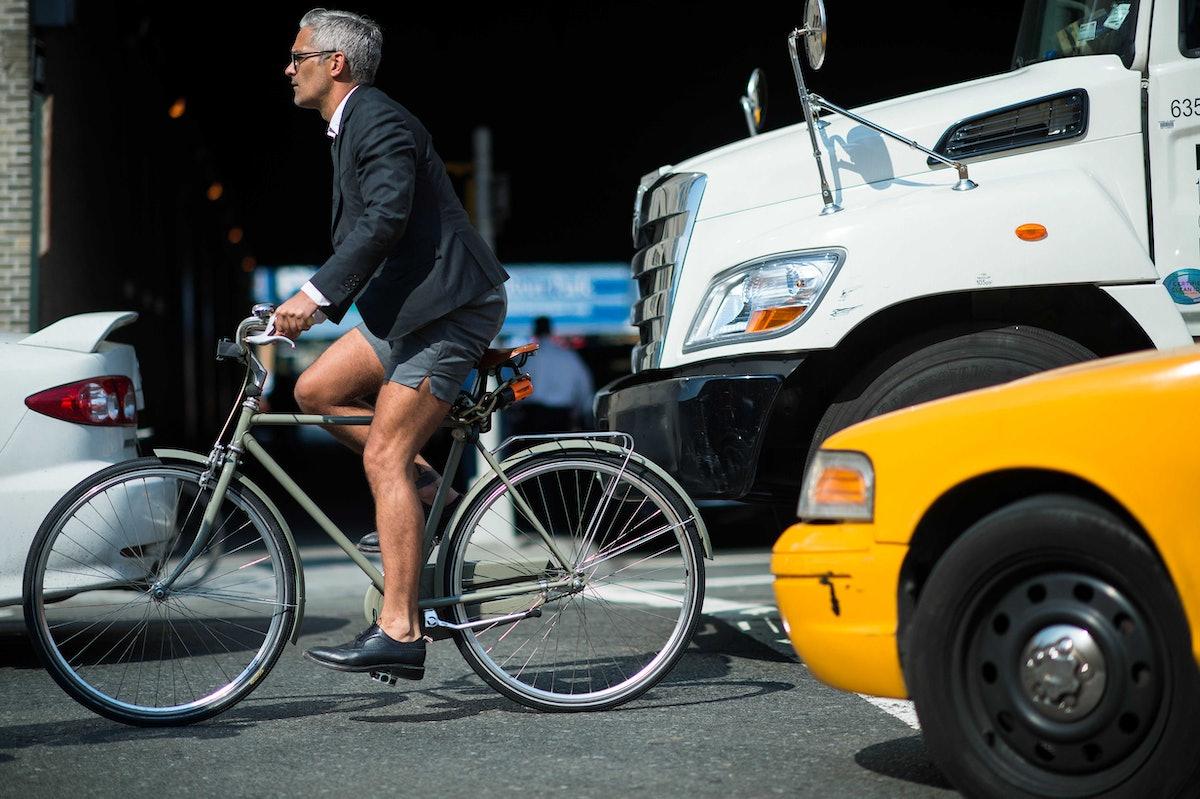 new-york-fashion-week-street-style-day8-19