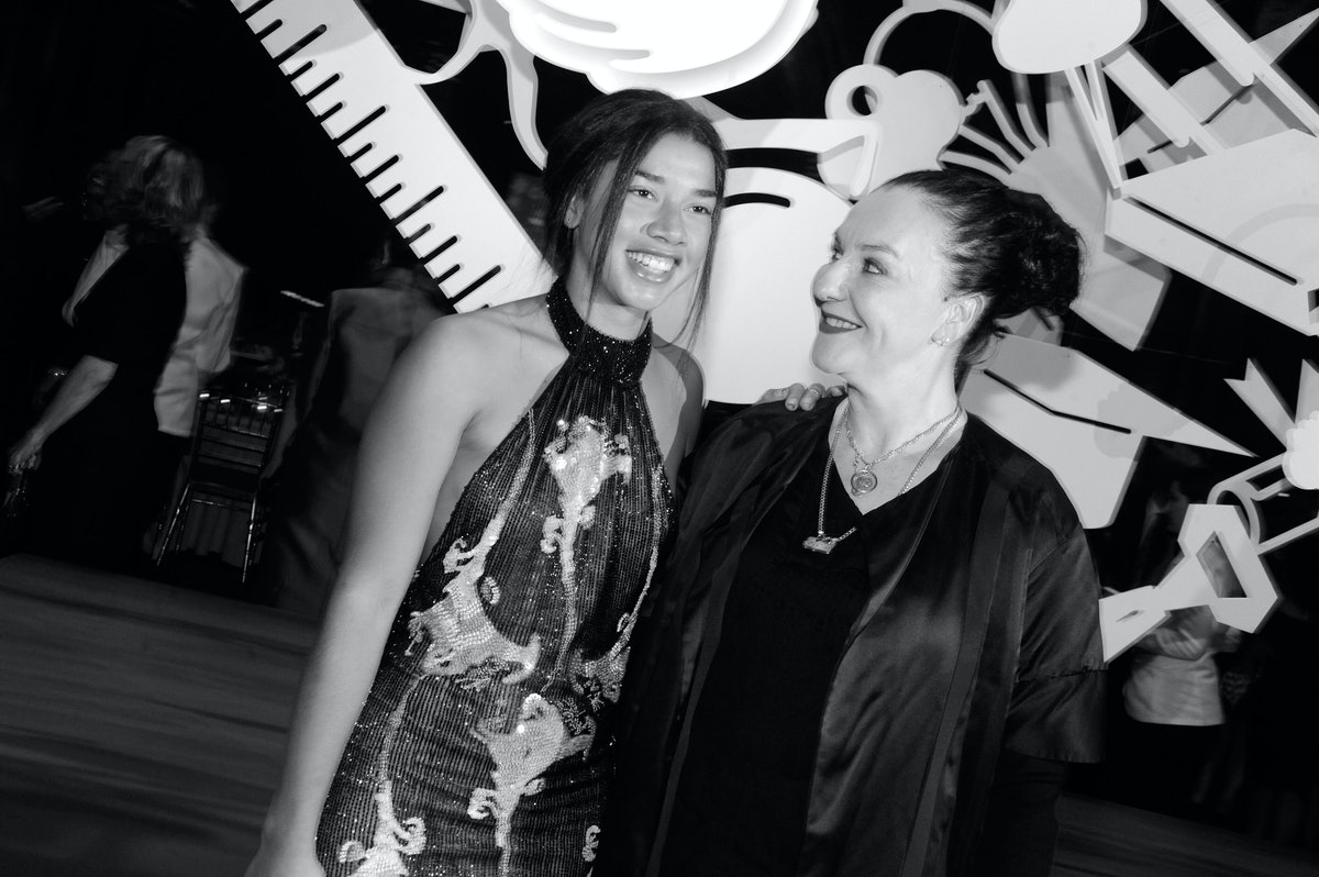 NYFC-Fall-2013-Hannah-Bronfman-and-Sophie-Theallet