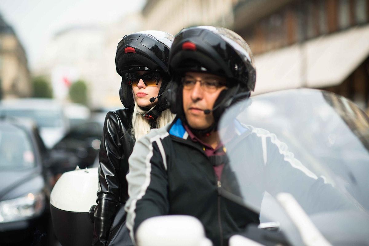 paris-fashion-week-spring-2014-street-style-day2-17