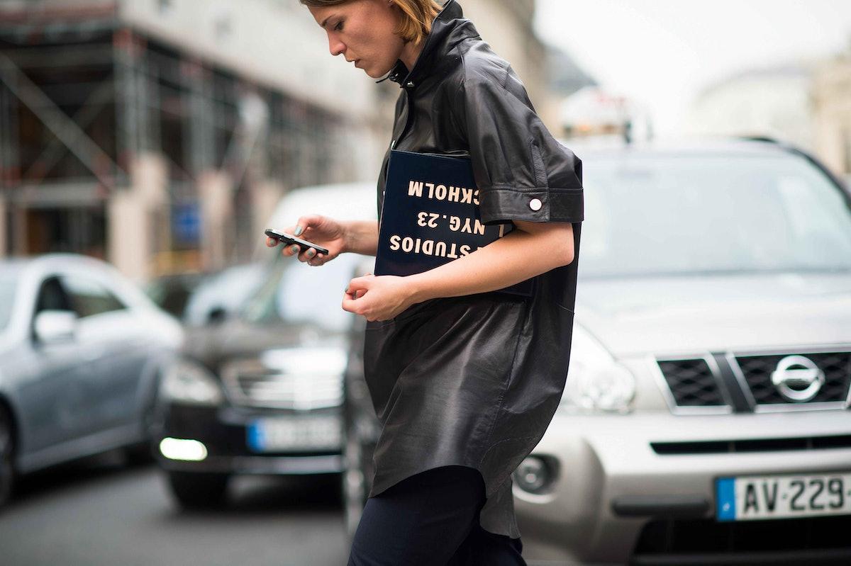 paris-fashion-week-spring-2014-street-style-day2-22