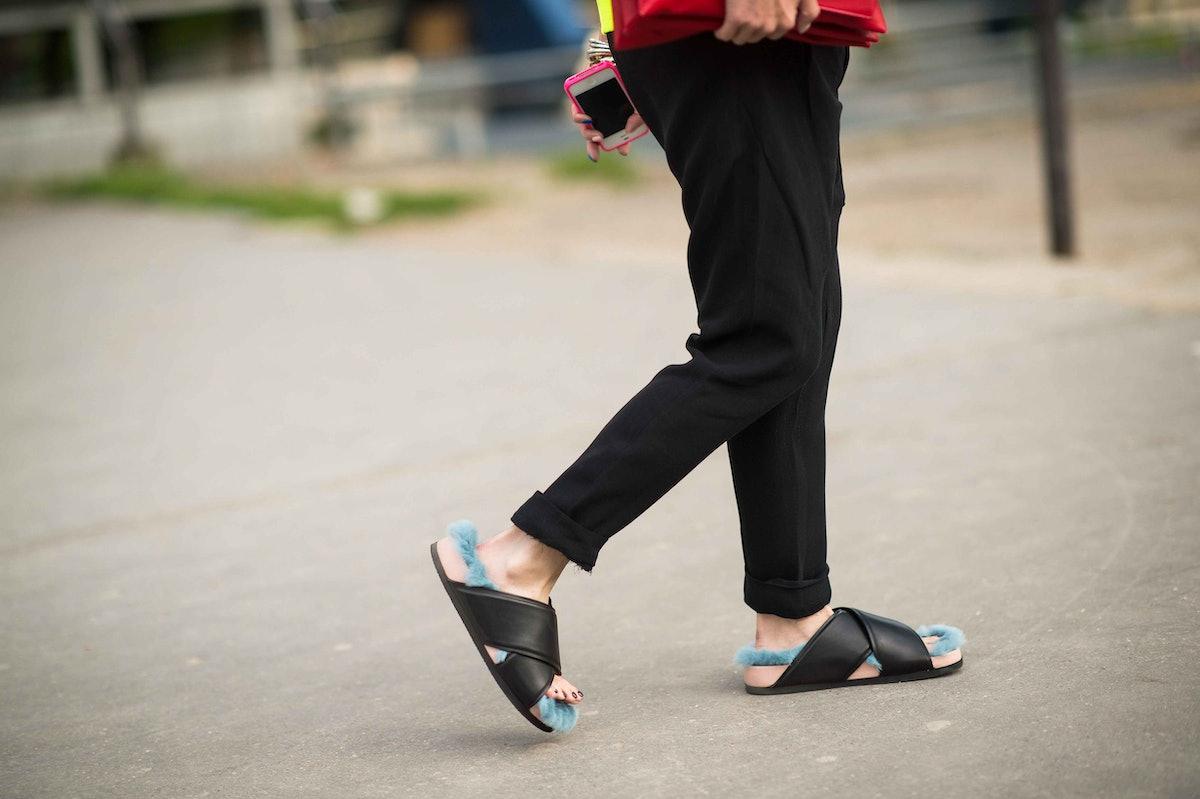 paris-fashion-week-spring-2014-street-style-day2-32