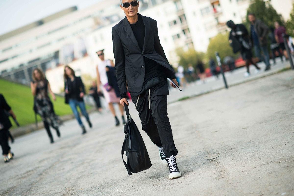 paris-fashion-week-spring-2014-street-style-day2-34