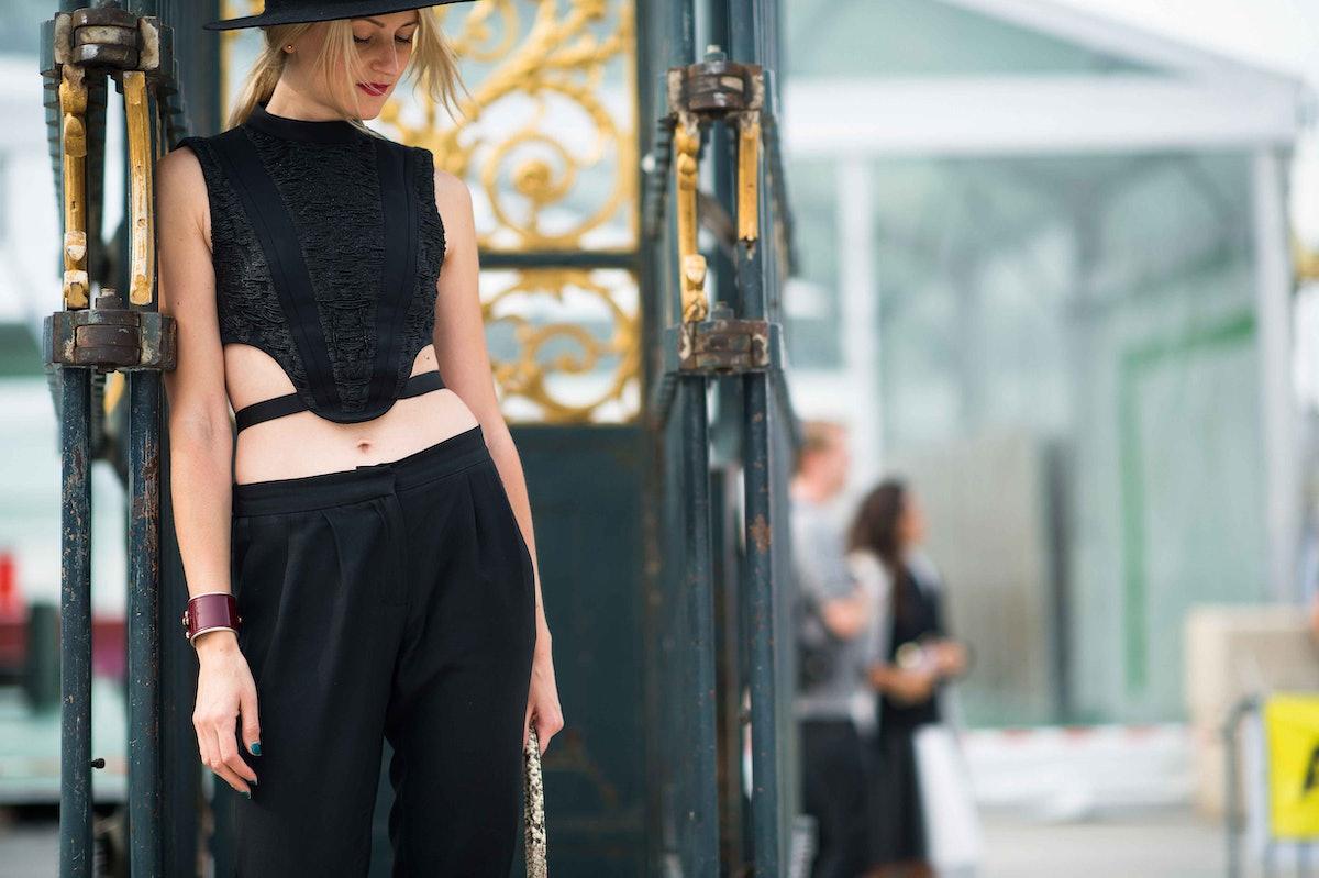 paris-fashion-week-spring-2014-street-style-day7-48