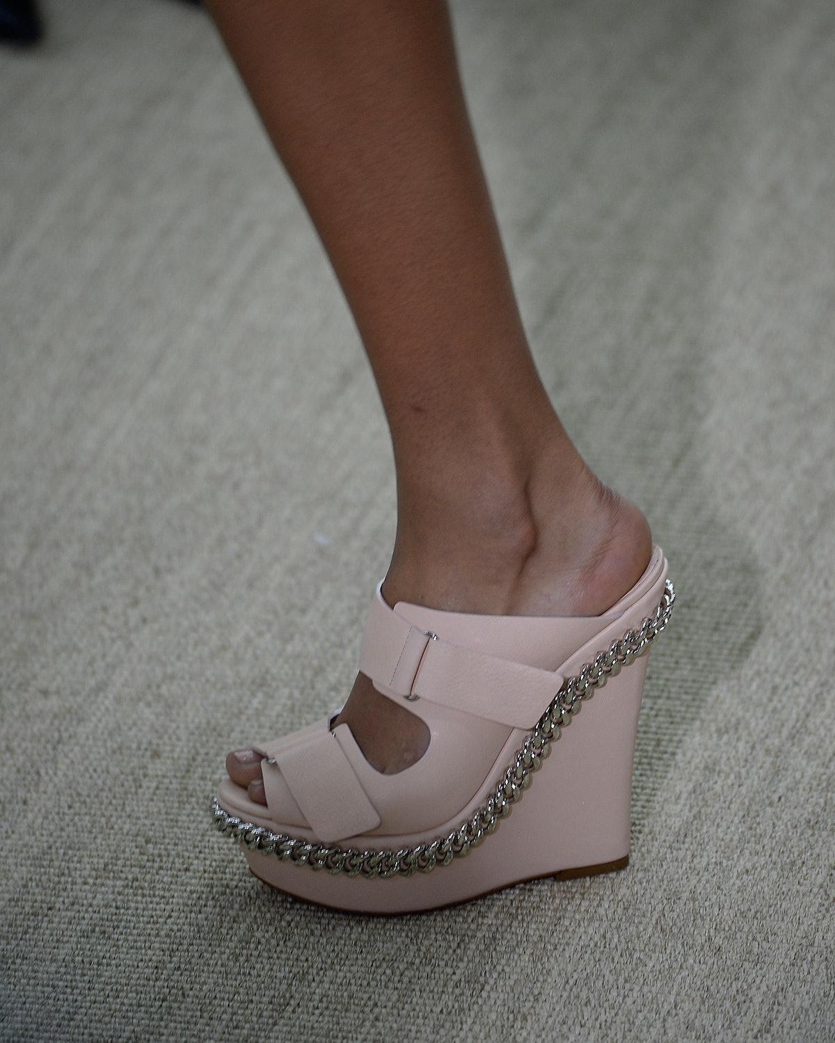 giambattista-valli-spring-2014-shoes