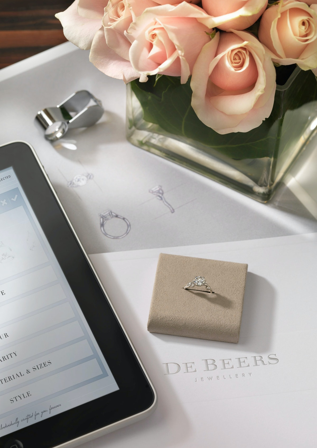 De Beers new iPad app for picking out the perfect engagement rings