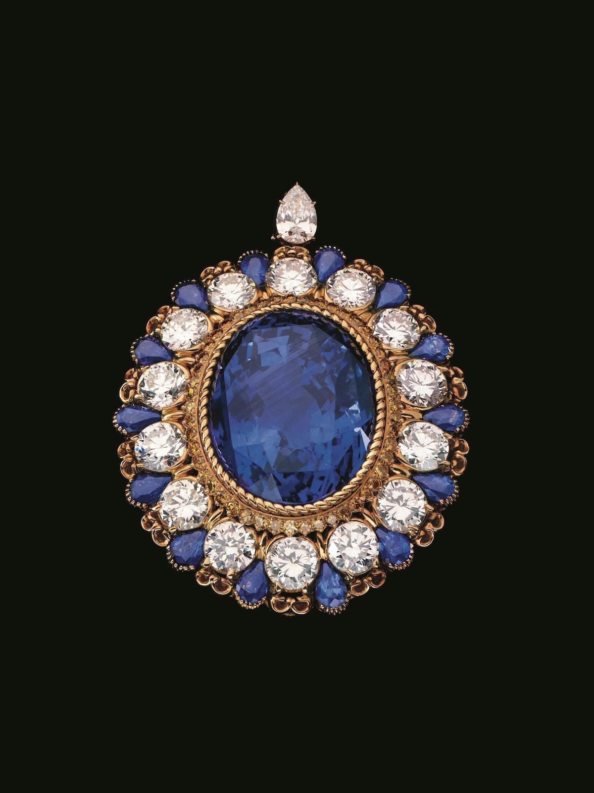 Sapphire and diamond brooch, 1980. Design by Alexandre Reza. Courtesy of Alexandre Reza.