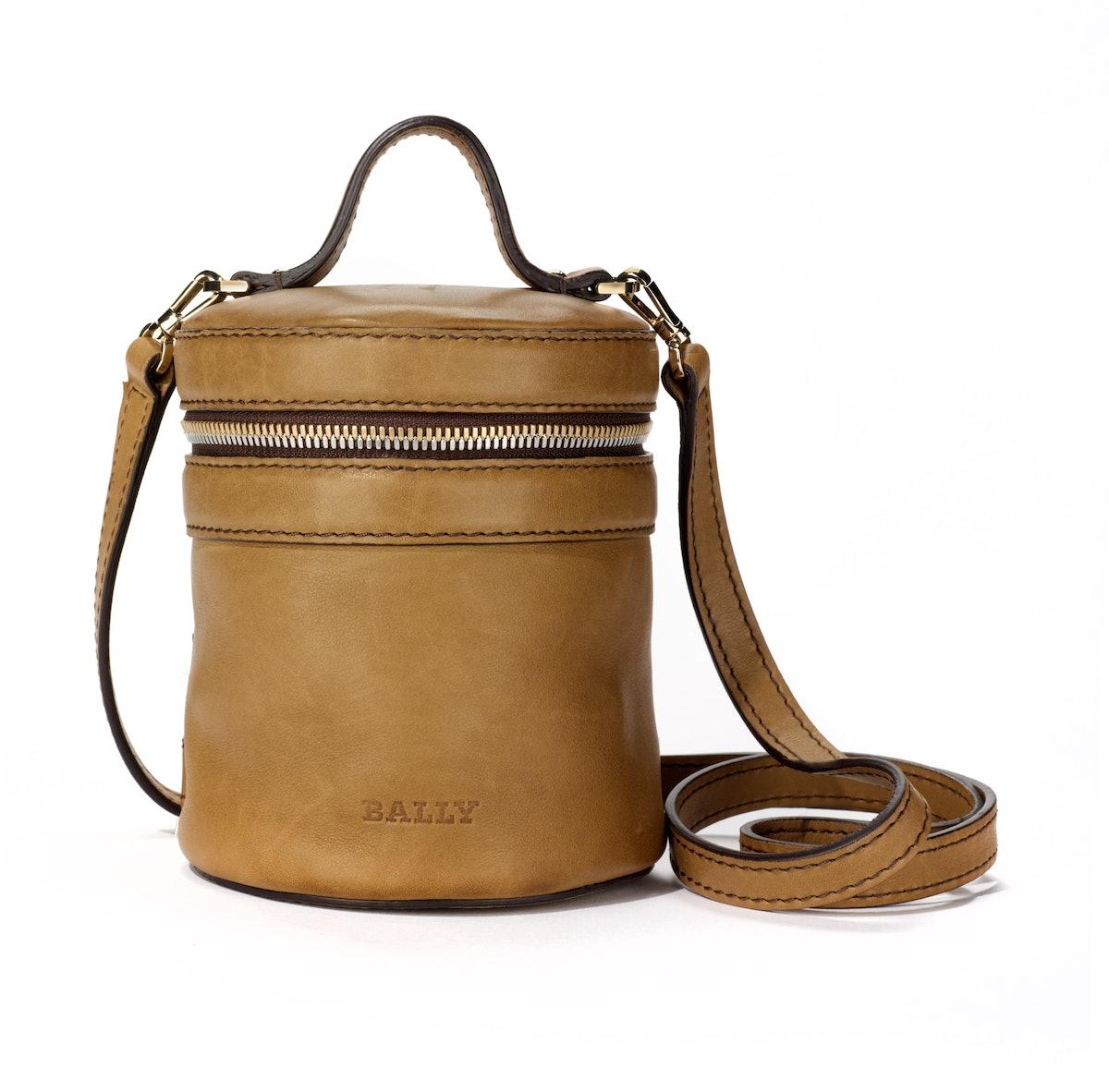 Bally bag, $690, [bally.com](http://www.bally.com/BALLY/search/BAGS/woman/season/main/tskay/BCAD6A87/c/cat_441/gender/D).