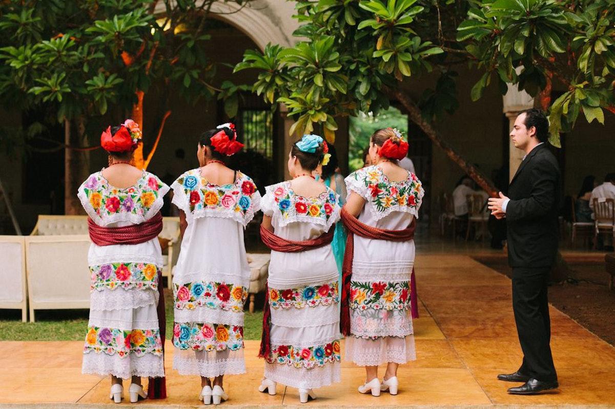 The ushers wore traditional Yucatan dress.