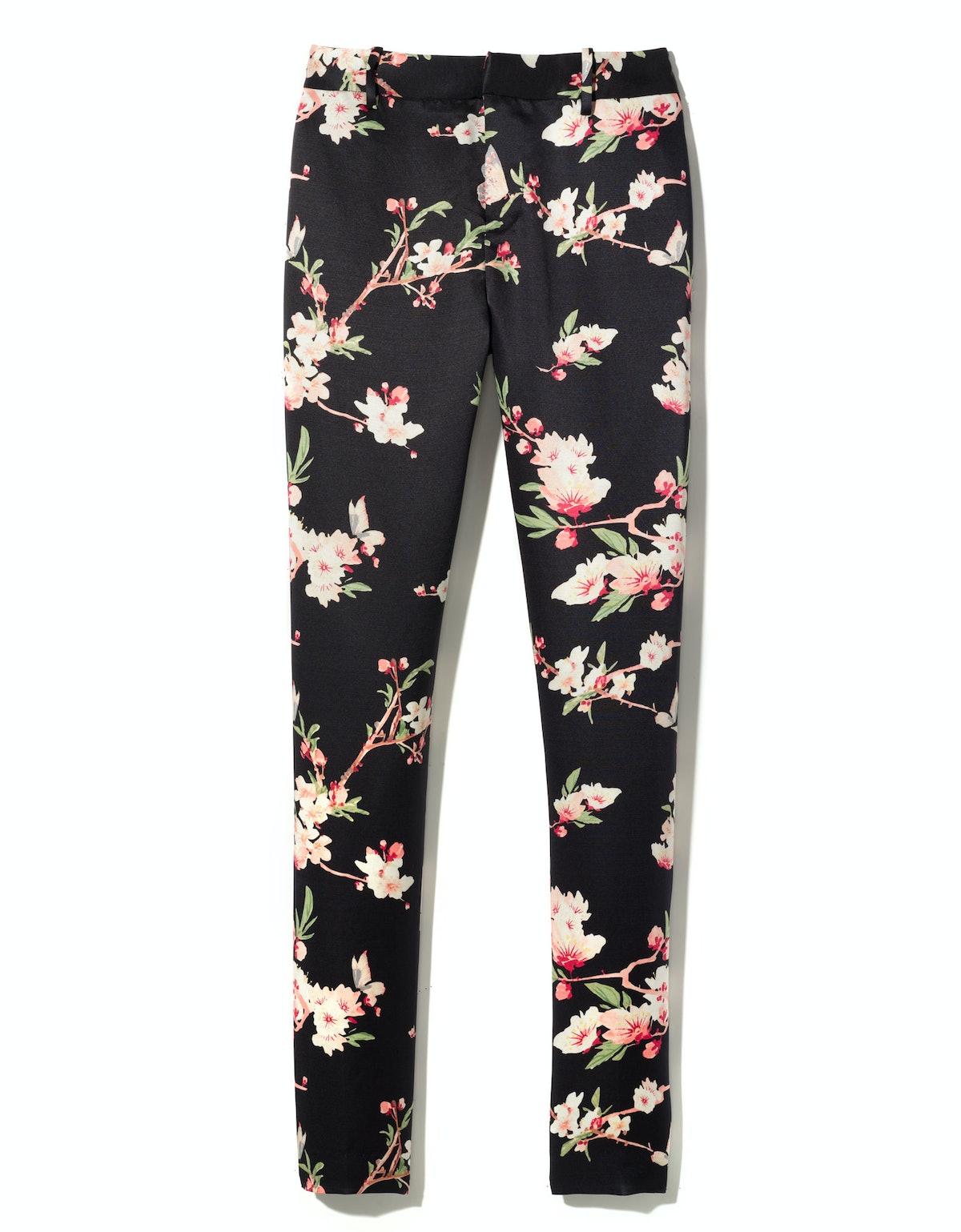 Joie pants, $348, [joie.com](http://rstyle.me/n/duc4p3w3n).