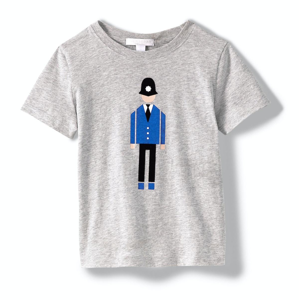 Burberry T-shirt, $85, [saks.com](http://rstyle.me/n/dzak63w3n).
