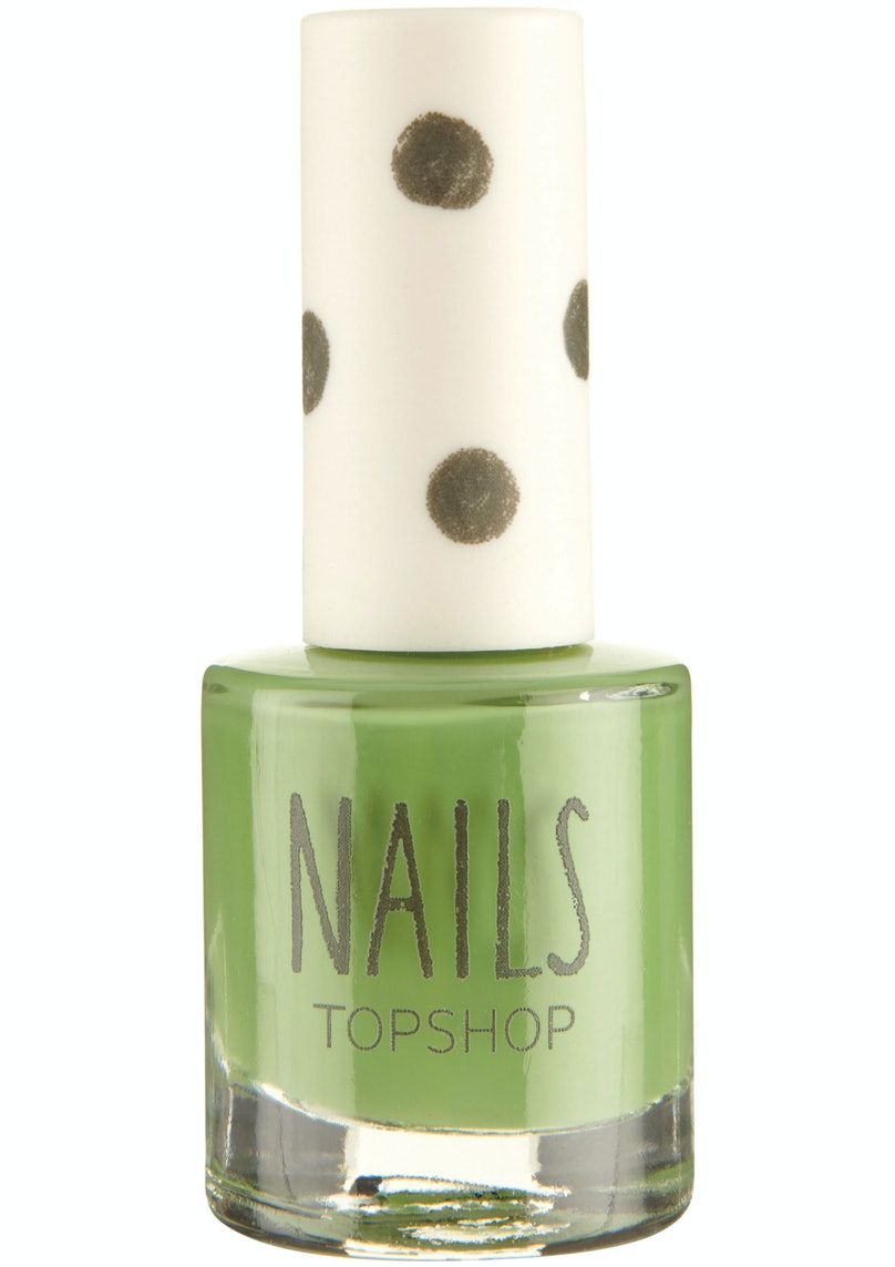 Topshop Make Up Nails in Rad, $10, [topshop.com](http://rstyle.me/n/dzarr3w3n).