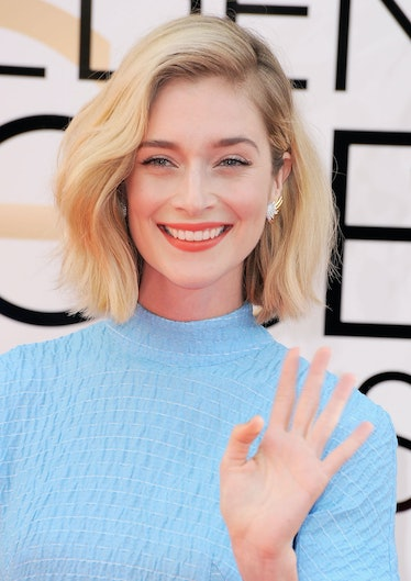 """The """"Masters of Sex"""" actress __Caitlin Fitzgerald__'s rough bob looked so pretty and her orange sher..."""