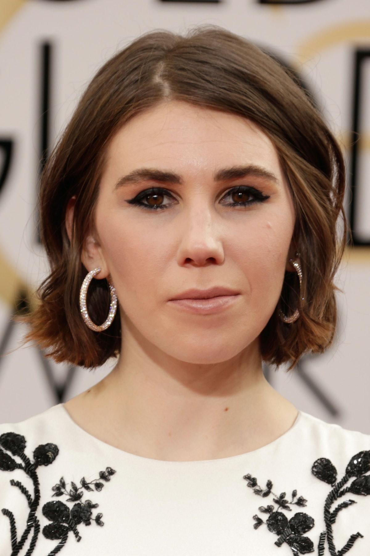 __Zosia Mamet__'s hair was proof, once again, that the Karlie Kloss kut is a game changer.
