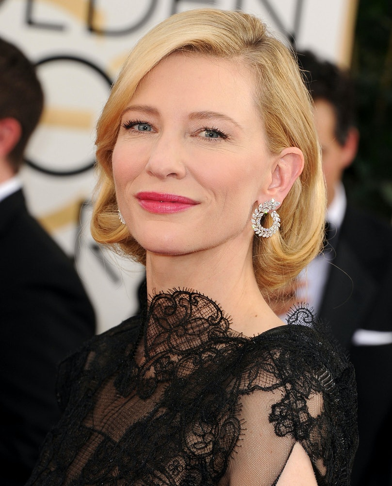 Friend and longtime makeup artist Jeanine Lobell created __Cate Blanchett__'s soft, elegant makeup, which was matched perfectly with hair genius Robert Vetica's retro faux bob.