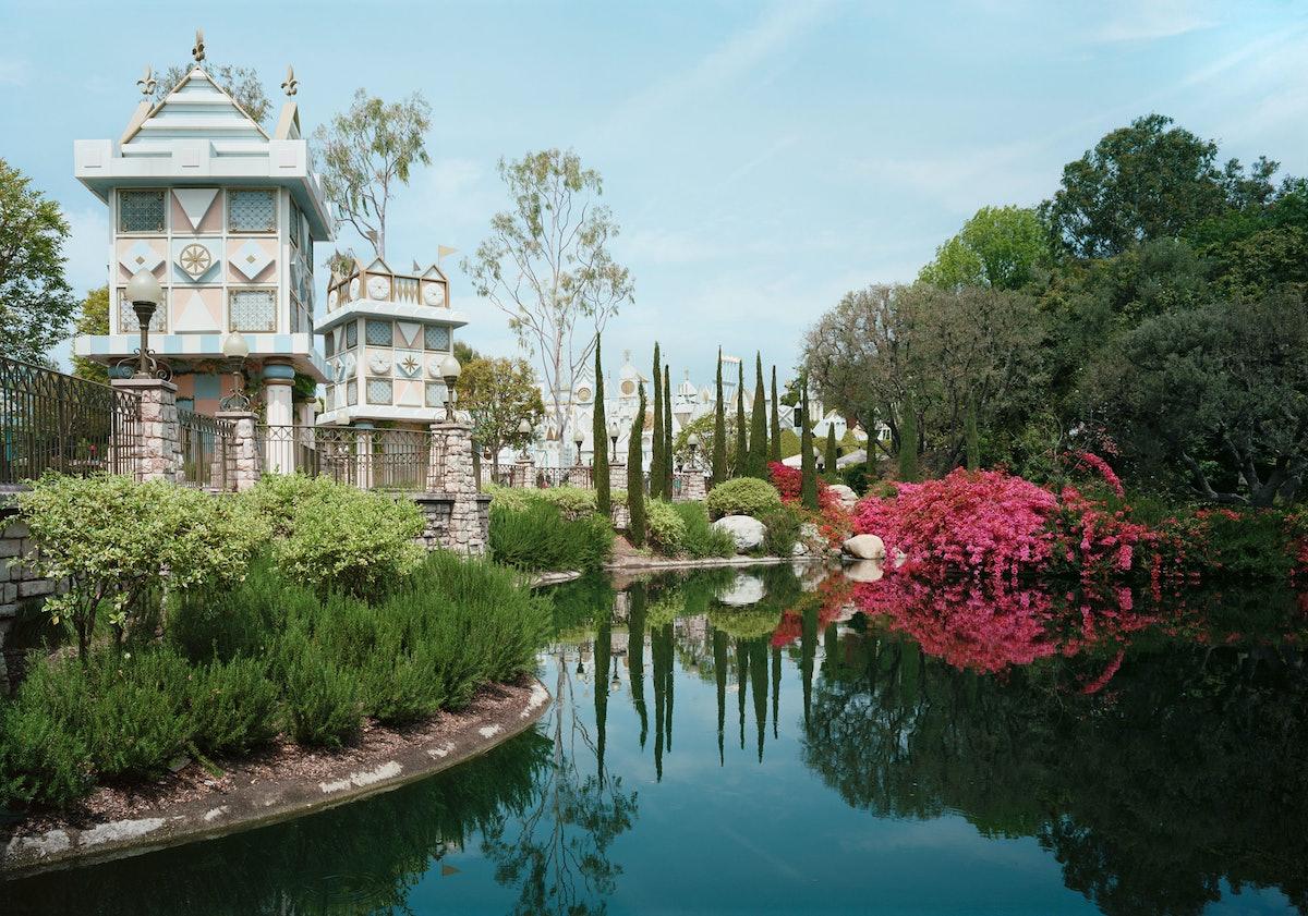 *Pond, Anaheim California,* 2013. Image courtesy of Marian Goodman Gallery.