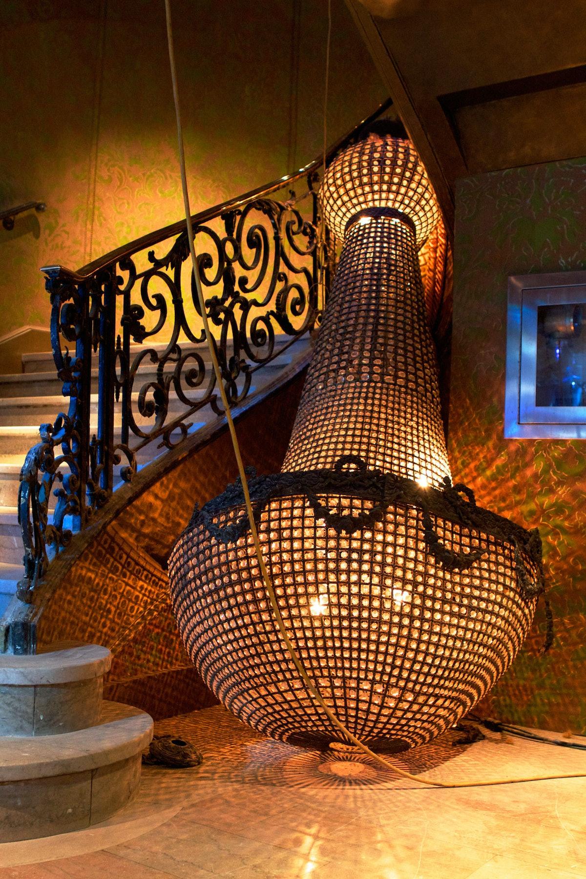 Entry of the Diamond Horseshoe. Courtesy of the Paramount Hotel.