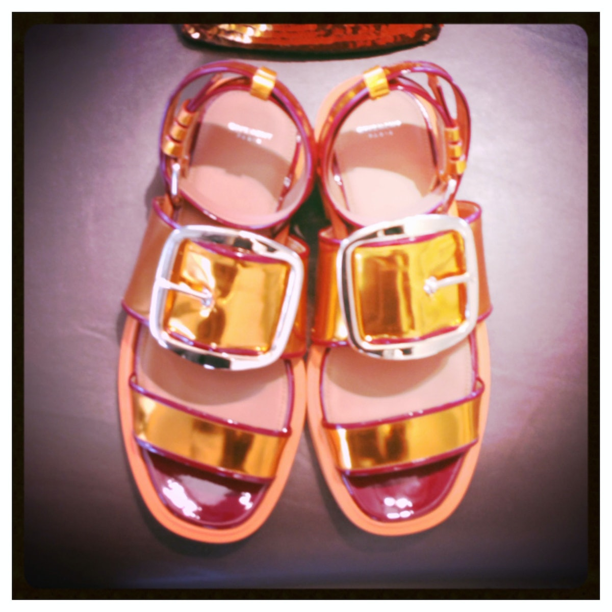 These [Givenchy](http://www.wmagazine.com/mood-board/filter?q=^Designer|Givenchy|) flats flash just ...