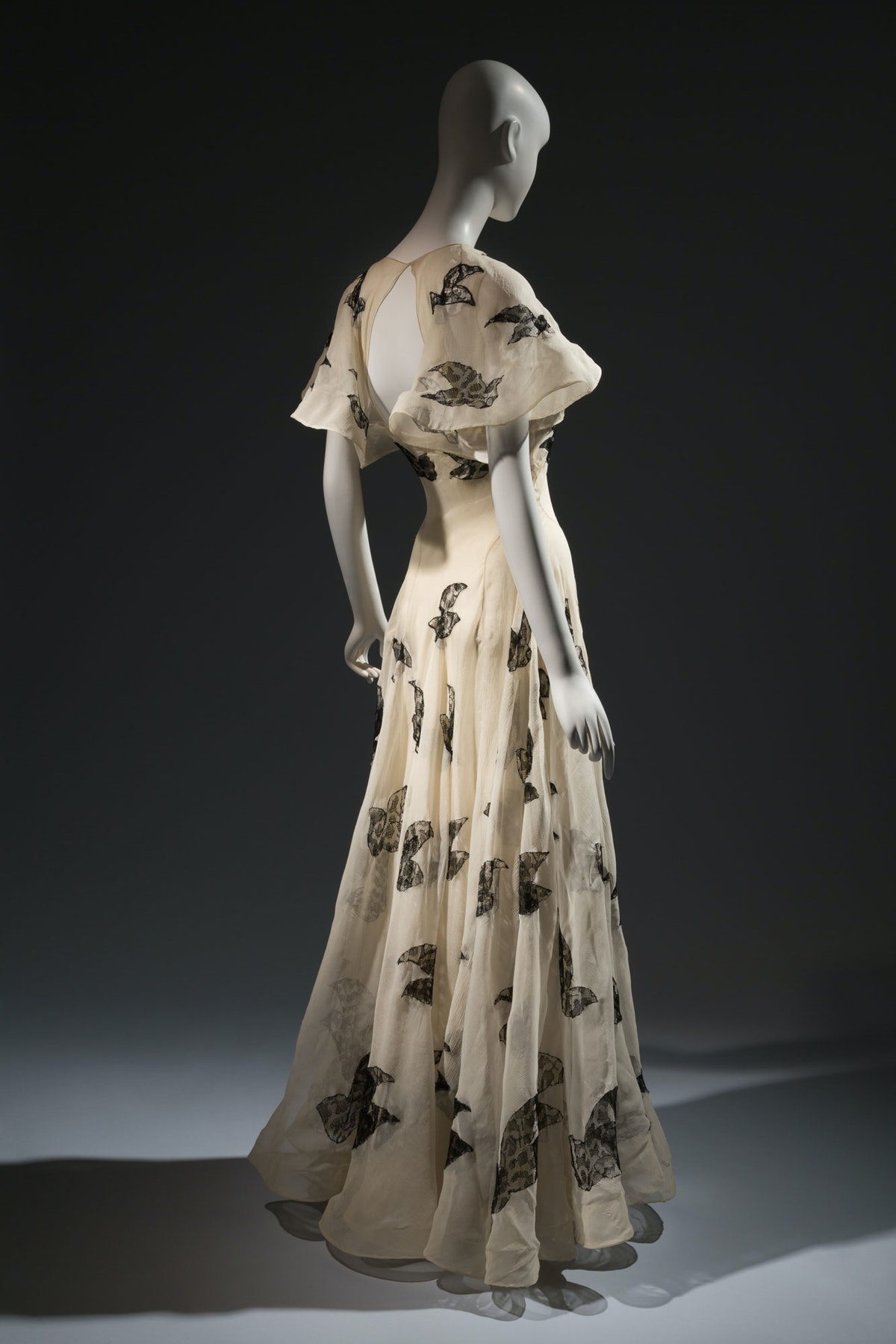 """Vionnet evening gown    """"Madeleine Vionnet is really emblematic of the type of designer we're talkin..."""