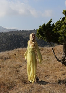 Kirsty Hume by Annabel Mehran.