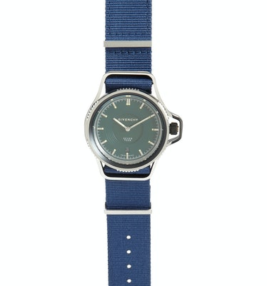 Givenchy Seventeen watch