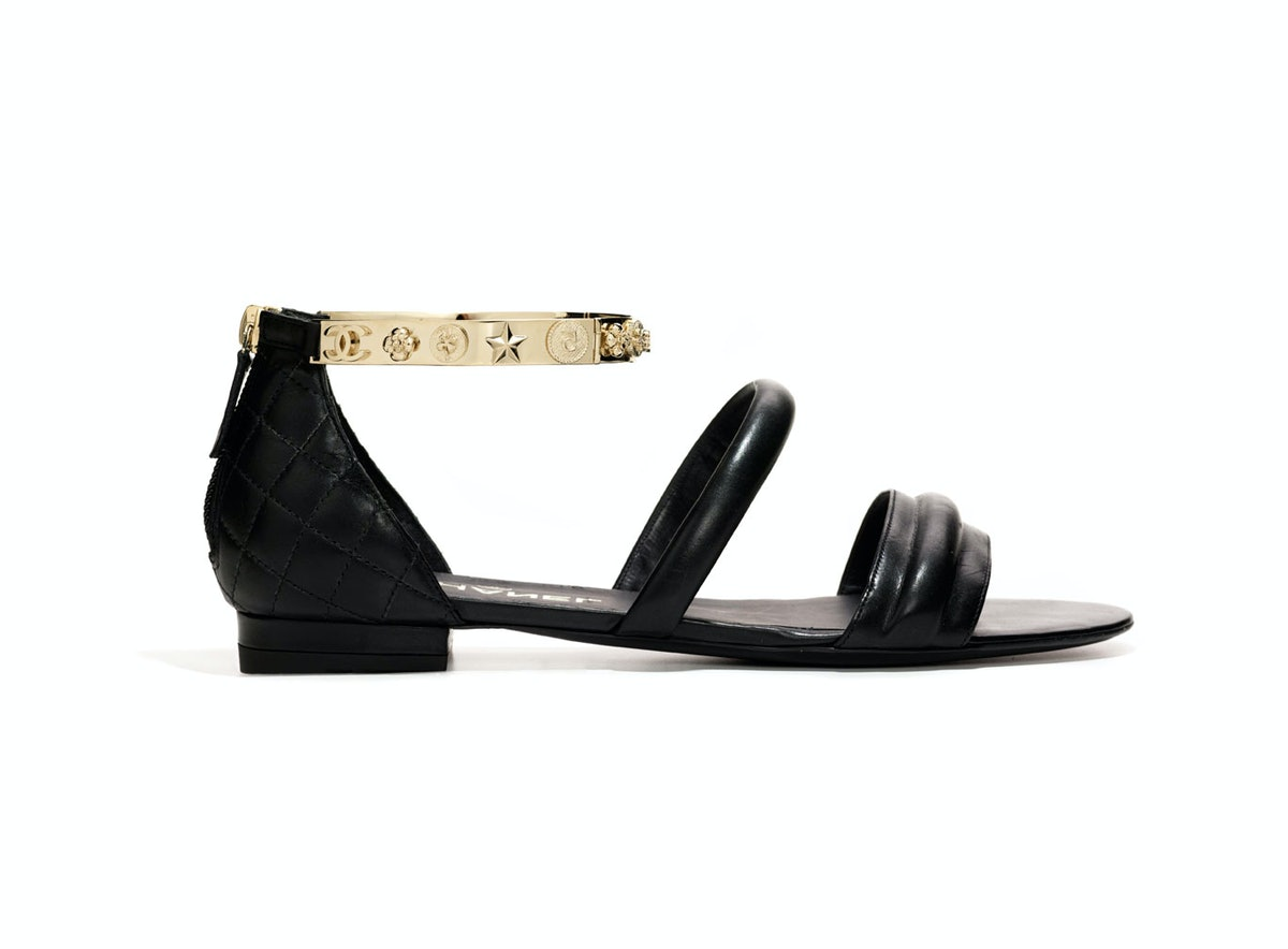 chanel-quilted-sandals