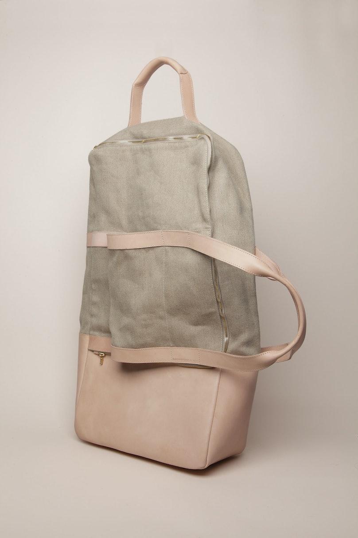 Bless travel bag