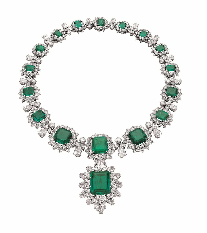 Elizabeth Taylor's Emerald Bulgari Necklace