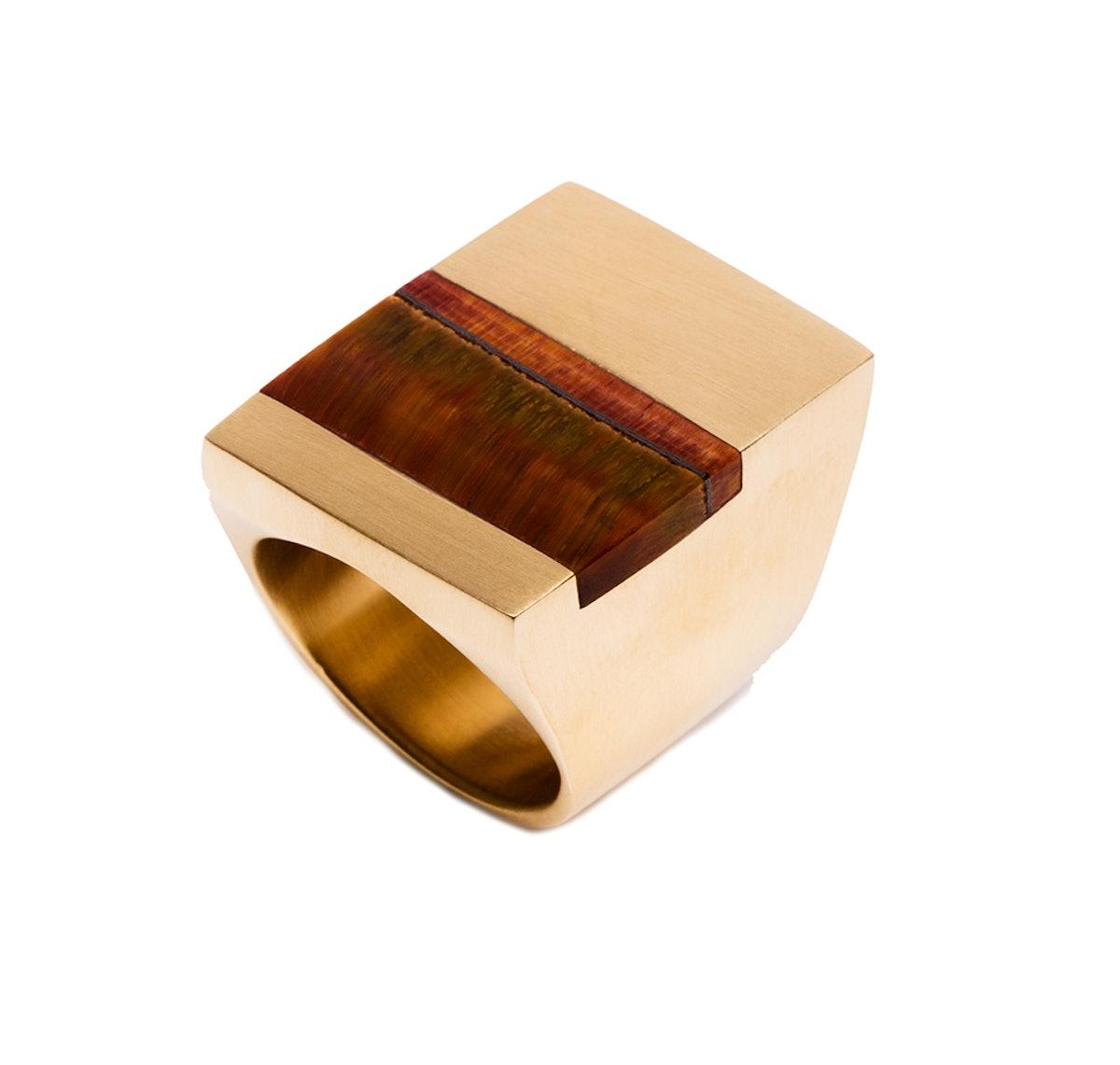 Ming Yu Wang ring