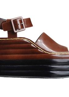 celine-ikram-sandal
