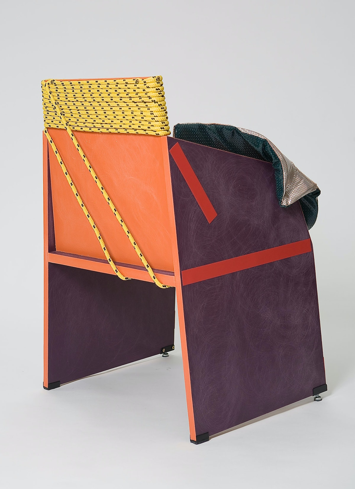 Rodrigo Almeida's Concreta Chair