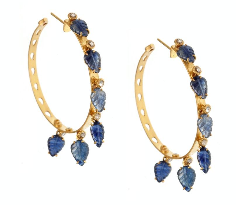 Coomi earrings