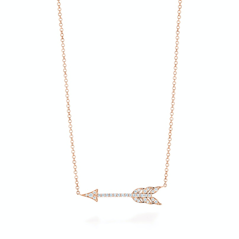 Tiffany hearts® arrow pendant in 18k rose gold with diamonds, medium