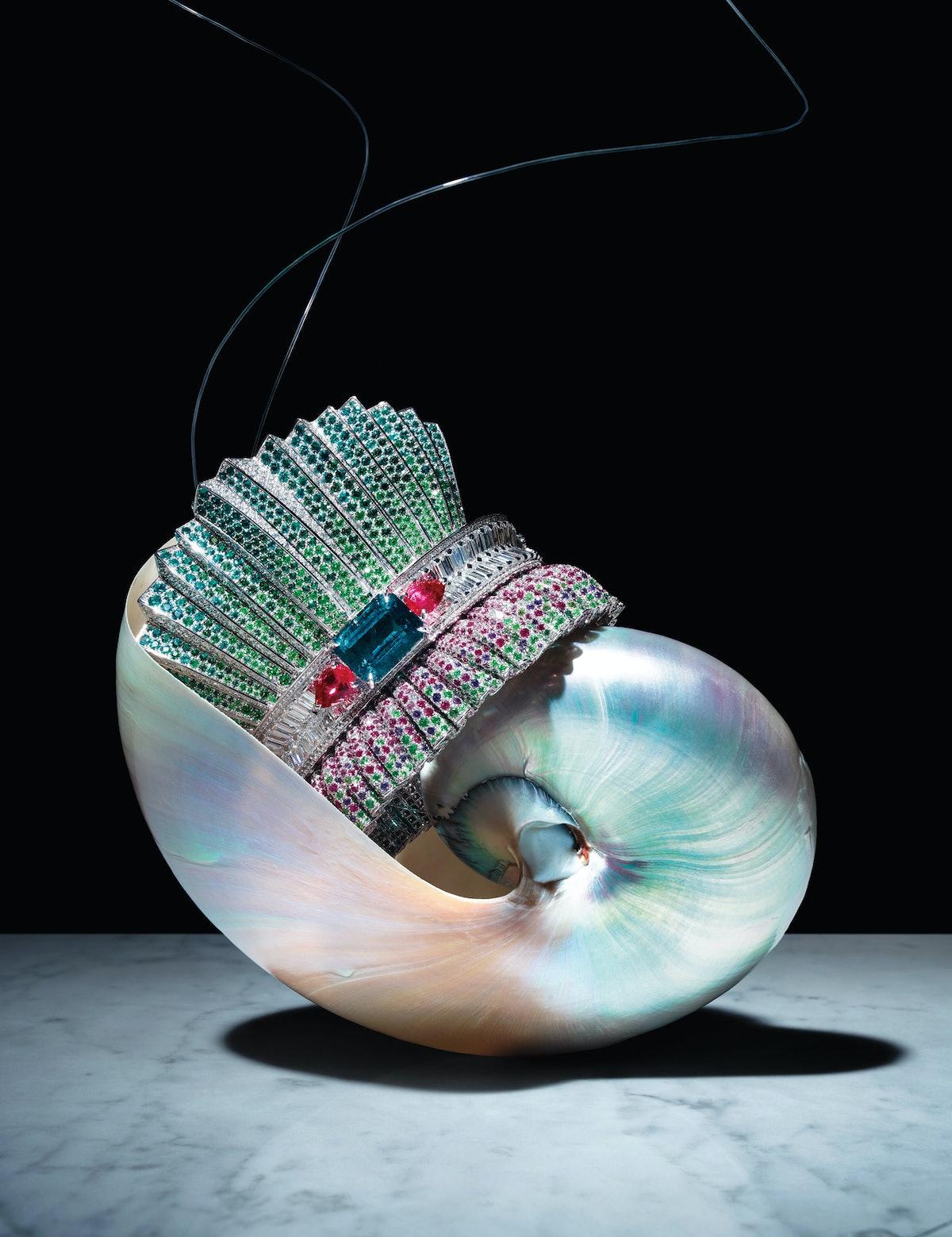 Shells, Dior Fine Jewelry bracelet