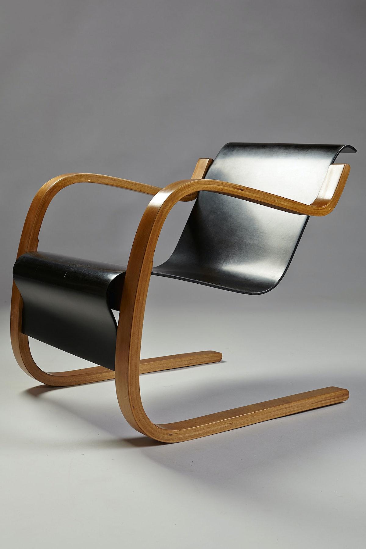 Alvar Aalto, Pair of armchairs