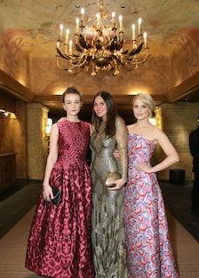 Carey Mulligan, Sabine Heller, and Dianna Agron