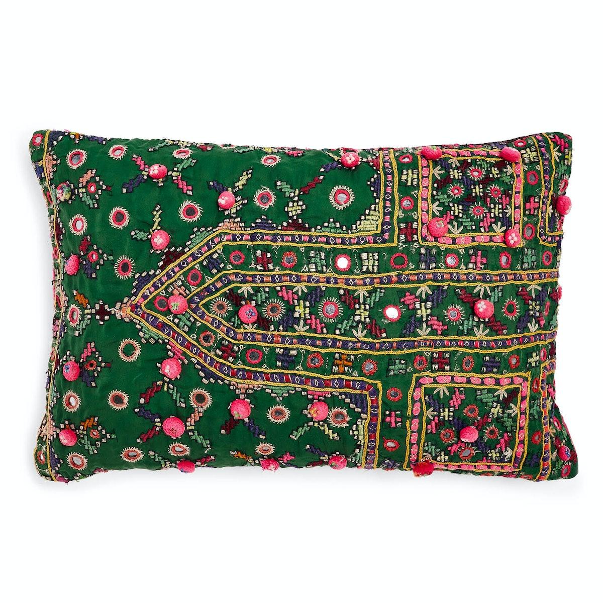 Abcdna pillow