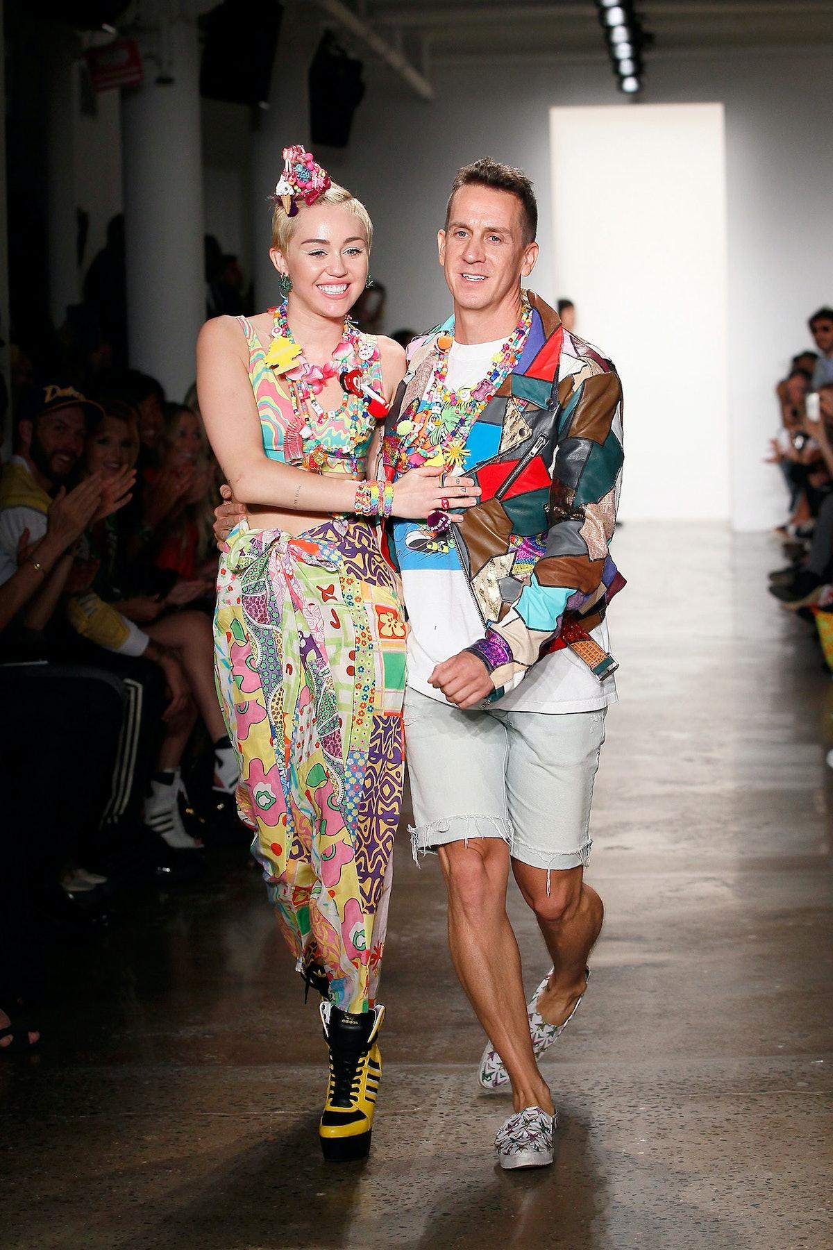 Miley Cyrus in Jeremy Scott