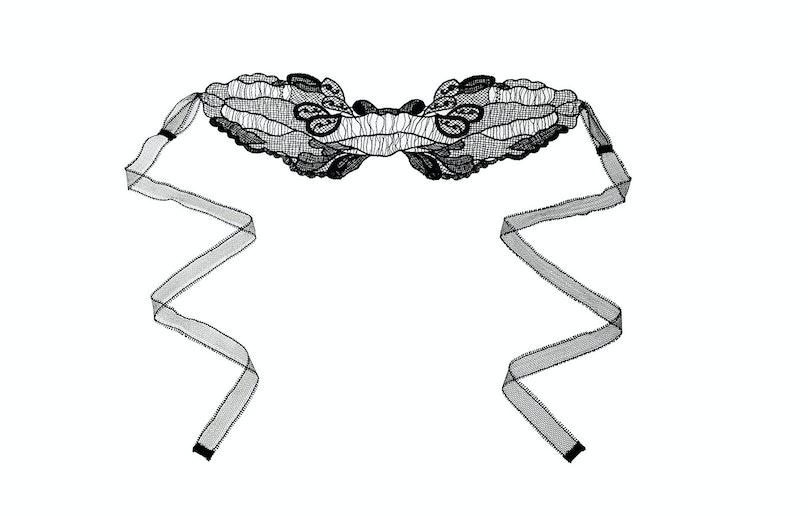 Kiki de Montparnasse lace eye mask