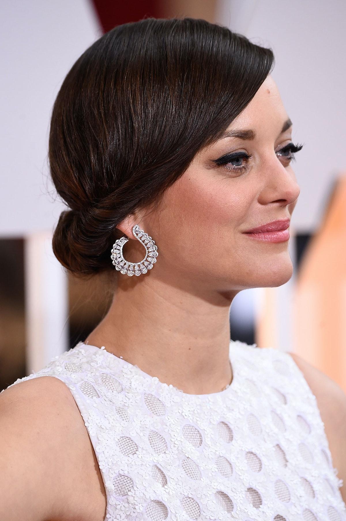 Marion Cotillard in Chopard earrings