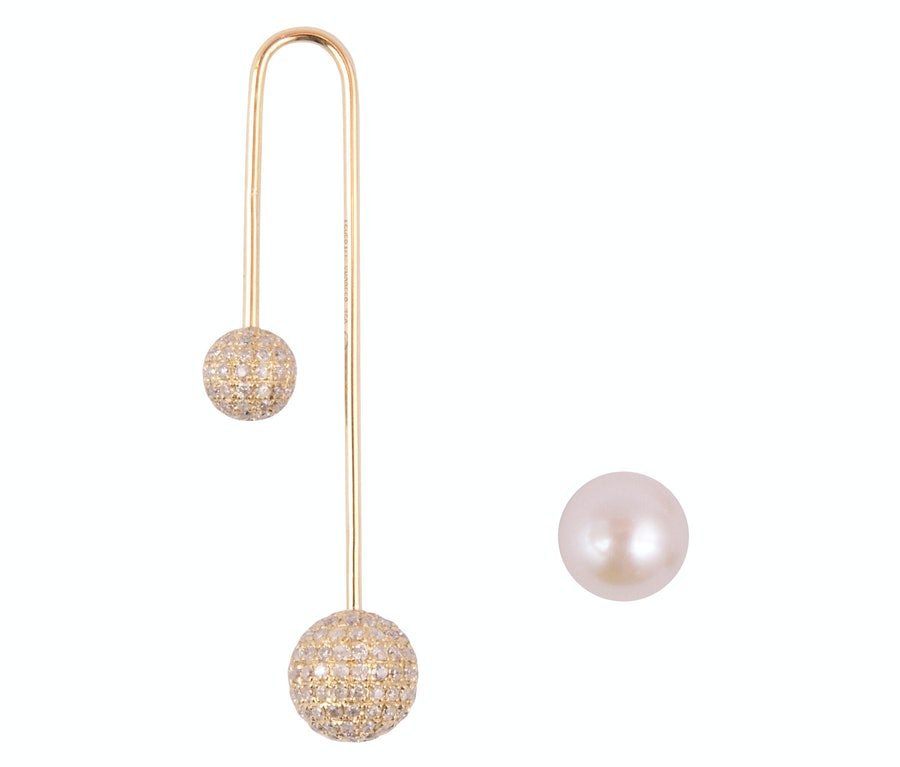Asherali Knopfer pink gold, pearl, and diamond earrings