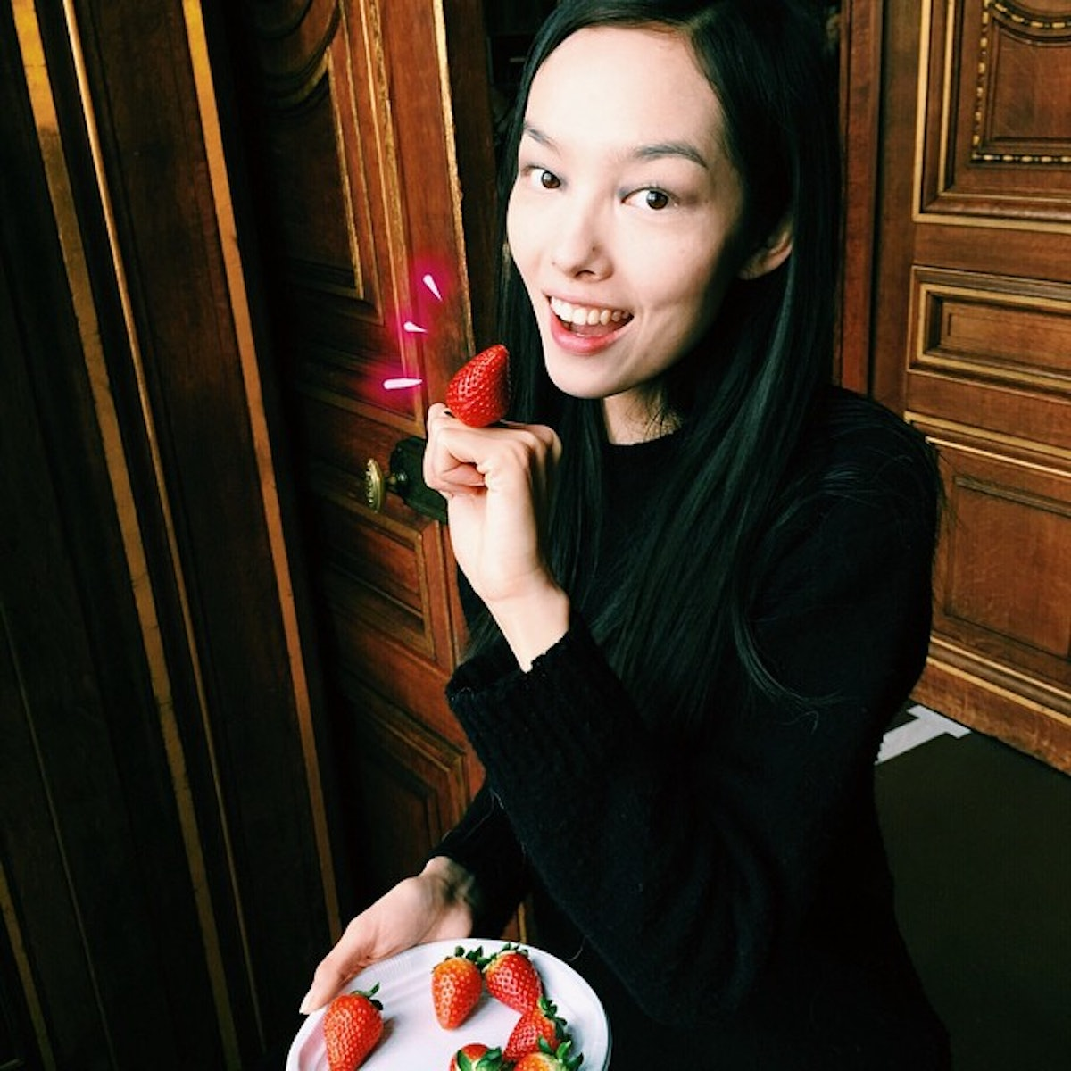 Fei Fei Sun captures a backstage moment at Dries Van Noten's Fall 2015 show